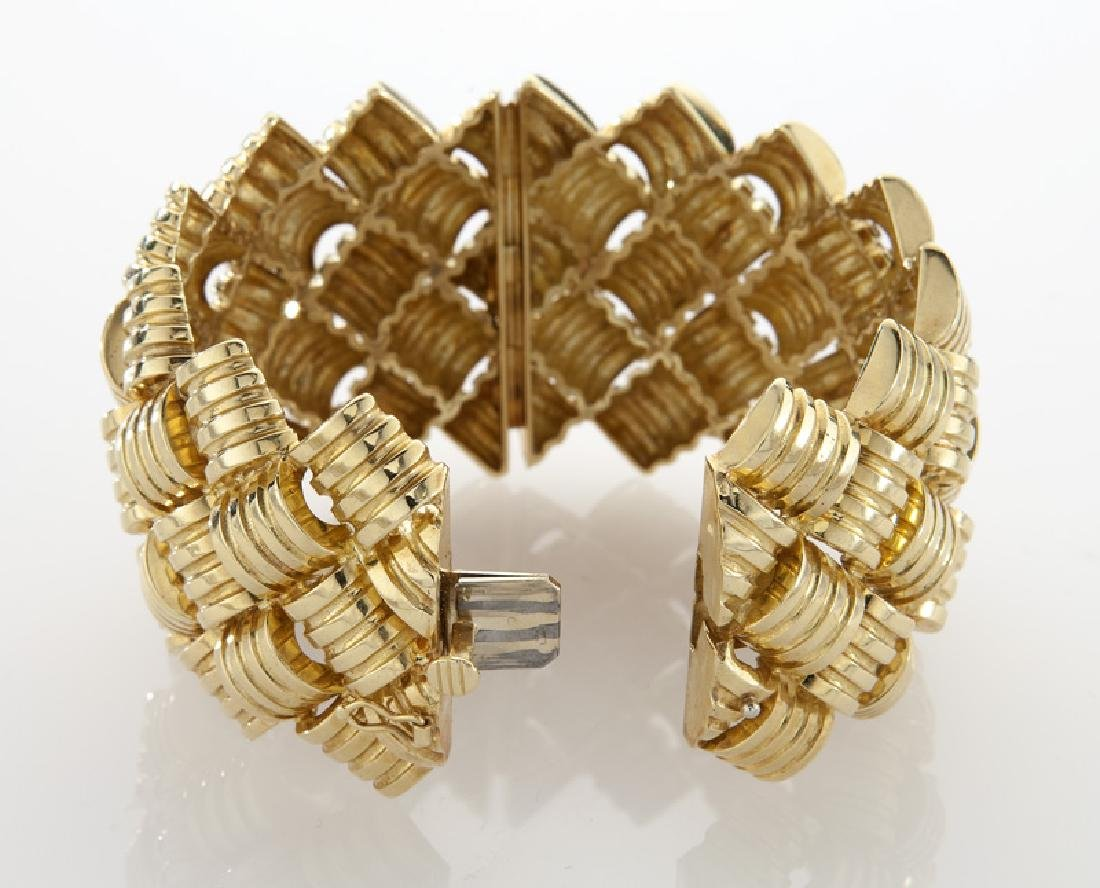 18K gold barrel and link style cuff bracelet - 3
