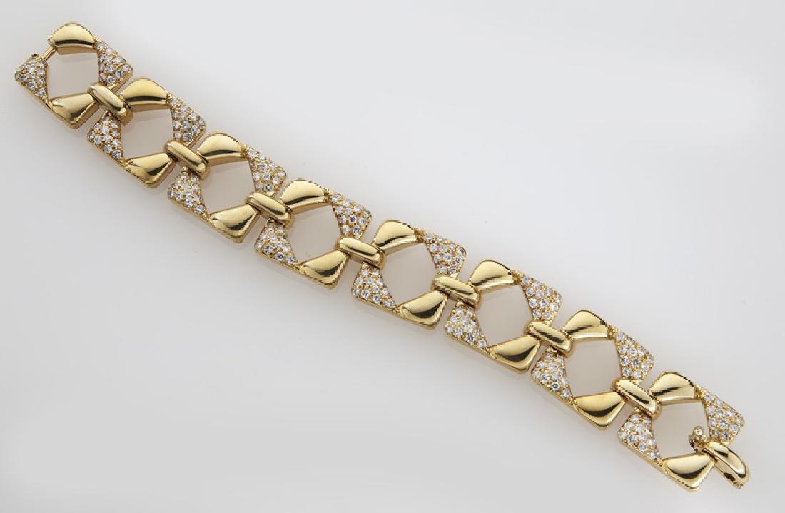 18K gold and diamond geometric link bracelet. - 2