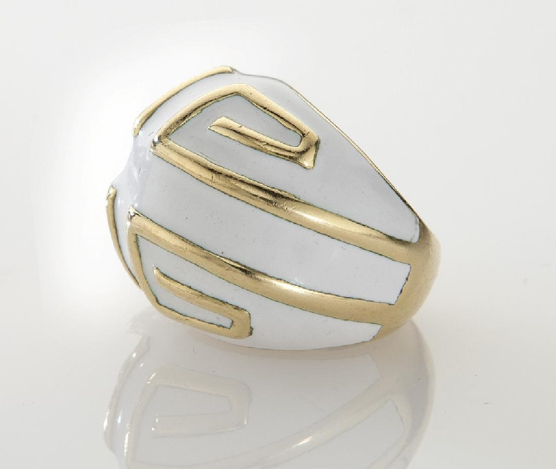 David Webb 18K and enamel ring. - 3