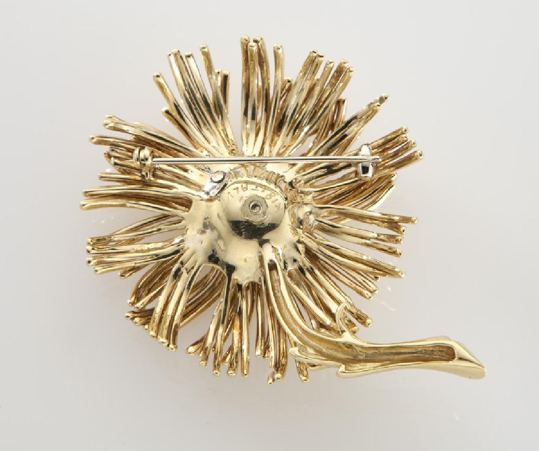 Tiffany & Co. 18K gold, diamond and ruby brooch. - 2