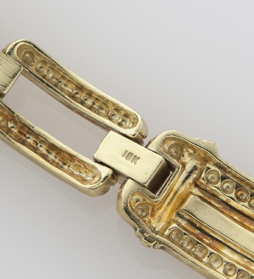 Judith Ripka 18K gold and diamond link bracelet. - 4