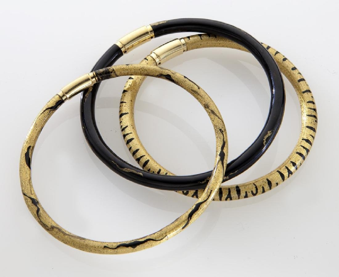 (3) 18K gold and enamel bracelets by Soho. - 3