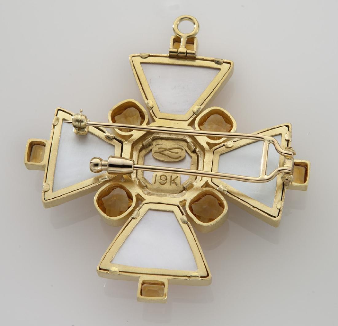 """Elizabeth Locke """"Bomarzo"""" pendant/brooch of 19K - 2"""