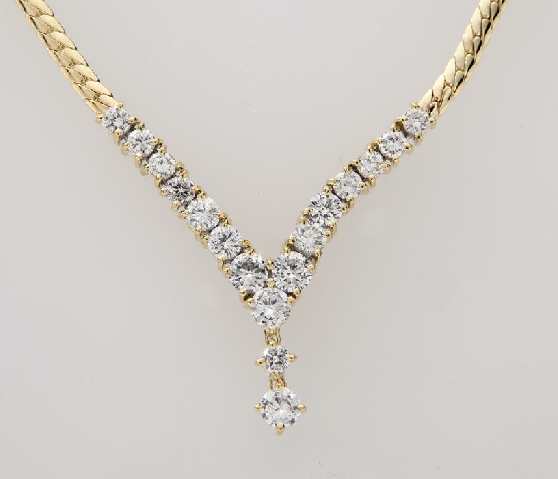 18K yellow gold and diamond necklace. - 2