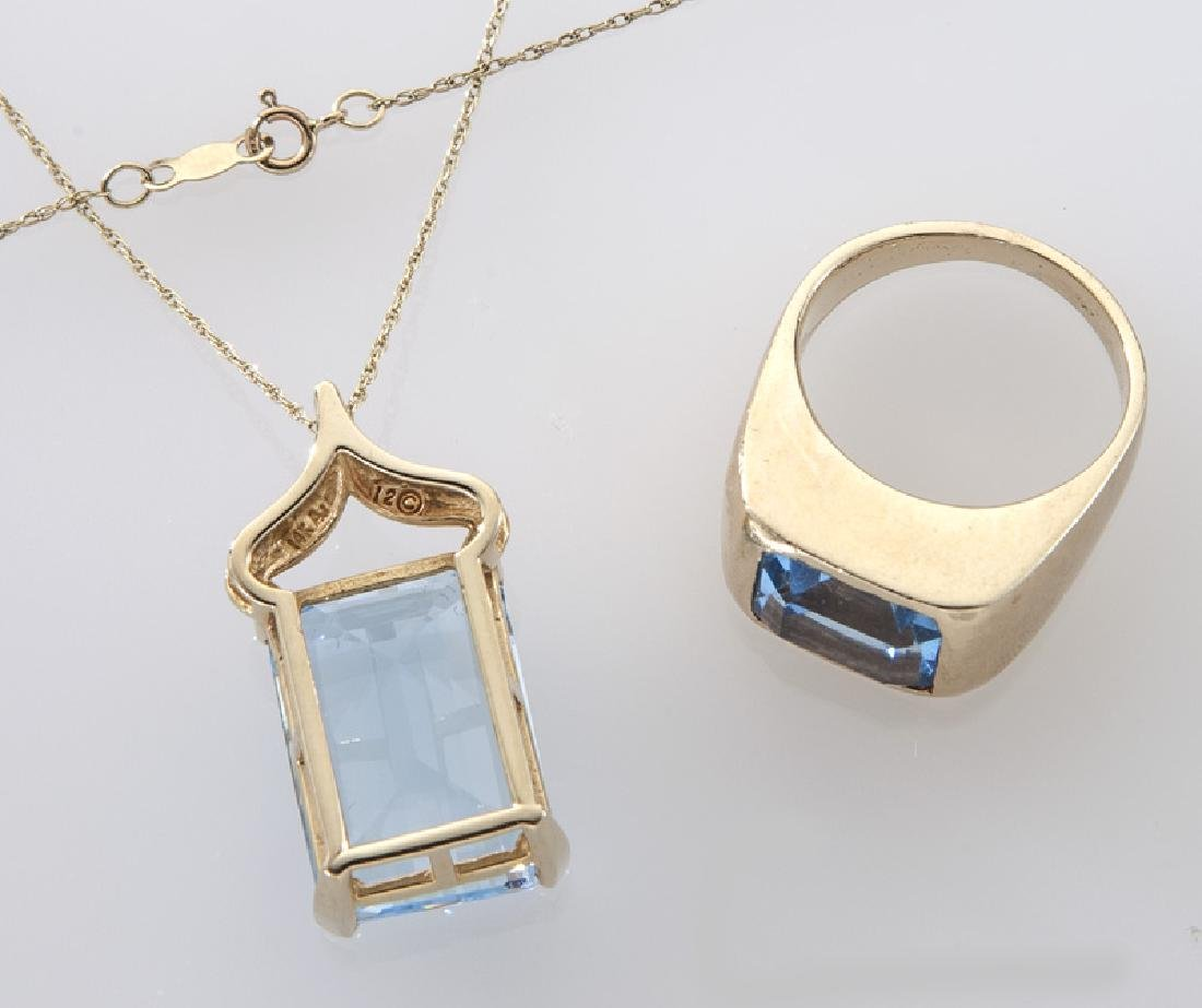 2 Pcs. 14K gold and blue topaz jewelry - 2