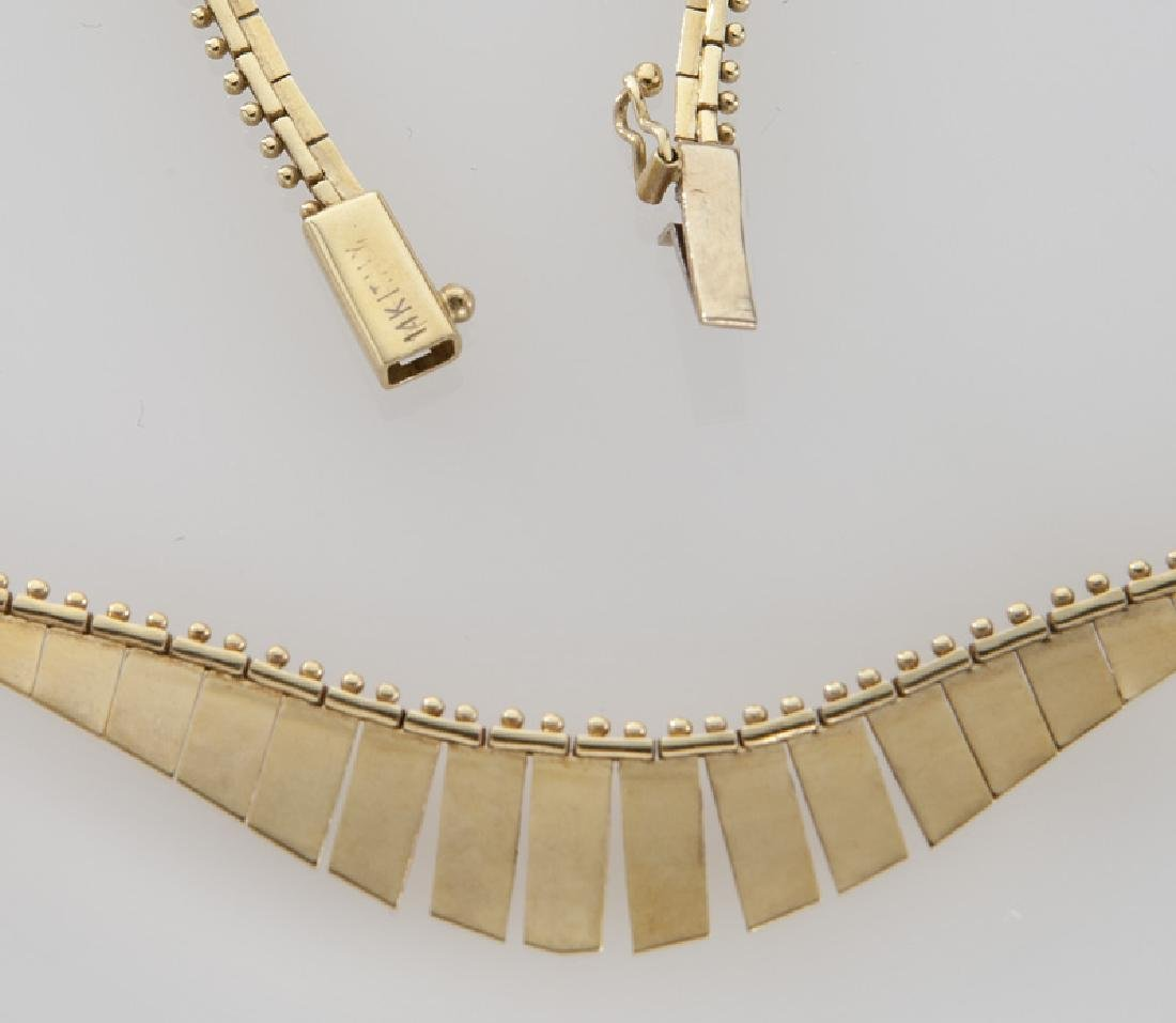 Italian 14K yellow gold necklace with fringe. - 3
