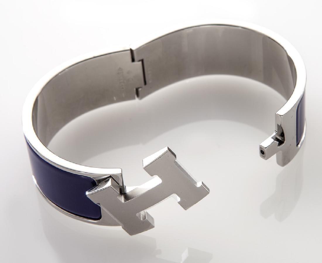 Hermes enamel Clic Clac H bracelet. - 2