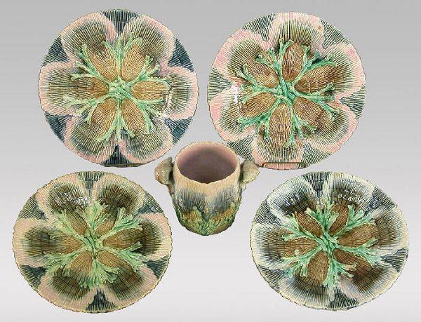 "5pcs. Etruscan Majolica ""Shell & Seaweed"""