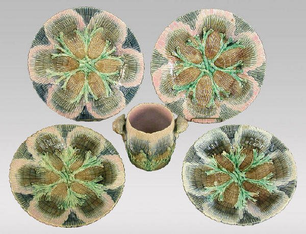 "5: 5pcs. Etruscan Majolica ""Shell & Seaweed"""