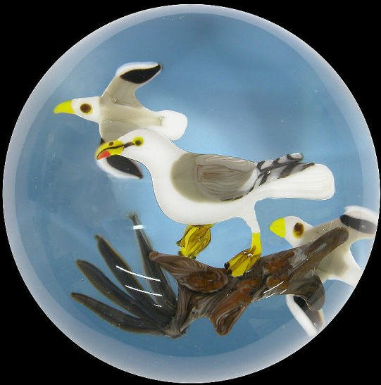 """14: Signed """"Ayotte '80"""" paperweight with 3 seagulls"""