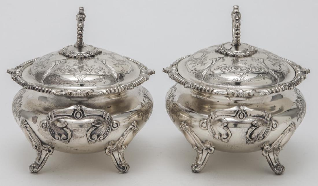 Pr. small Victorian silverplate tureens - 3