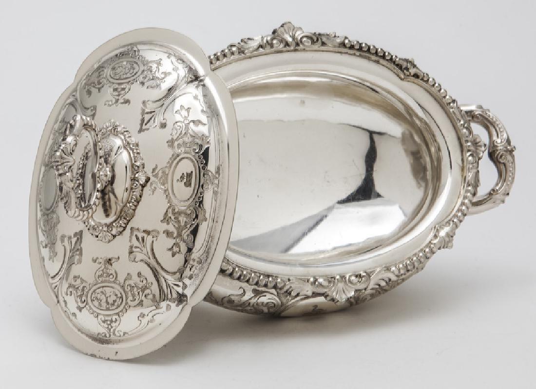 Pr. small Victorian silverplate tureens - 6