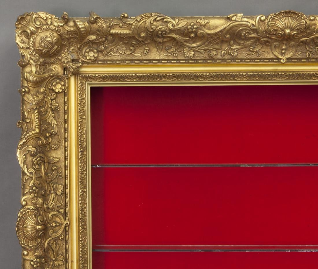 Belle Epoque giltwood shadowbox frame, - 3