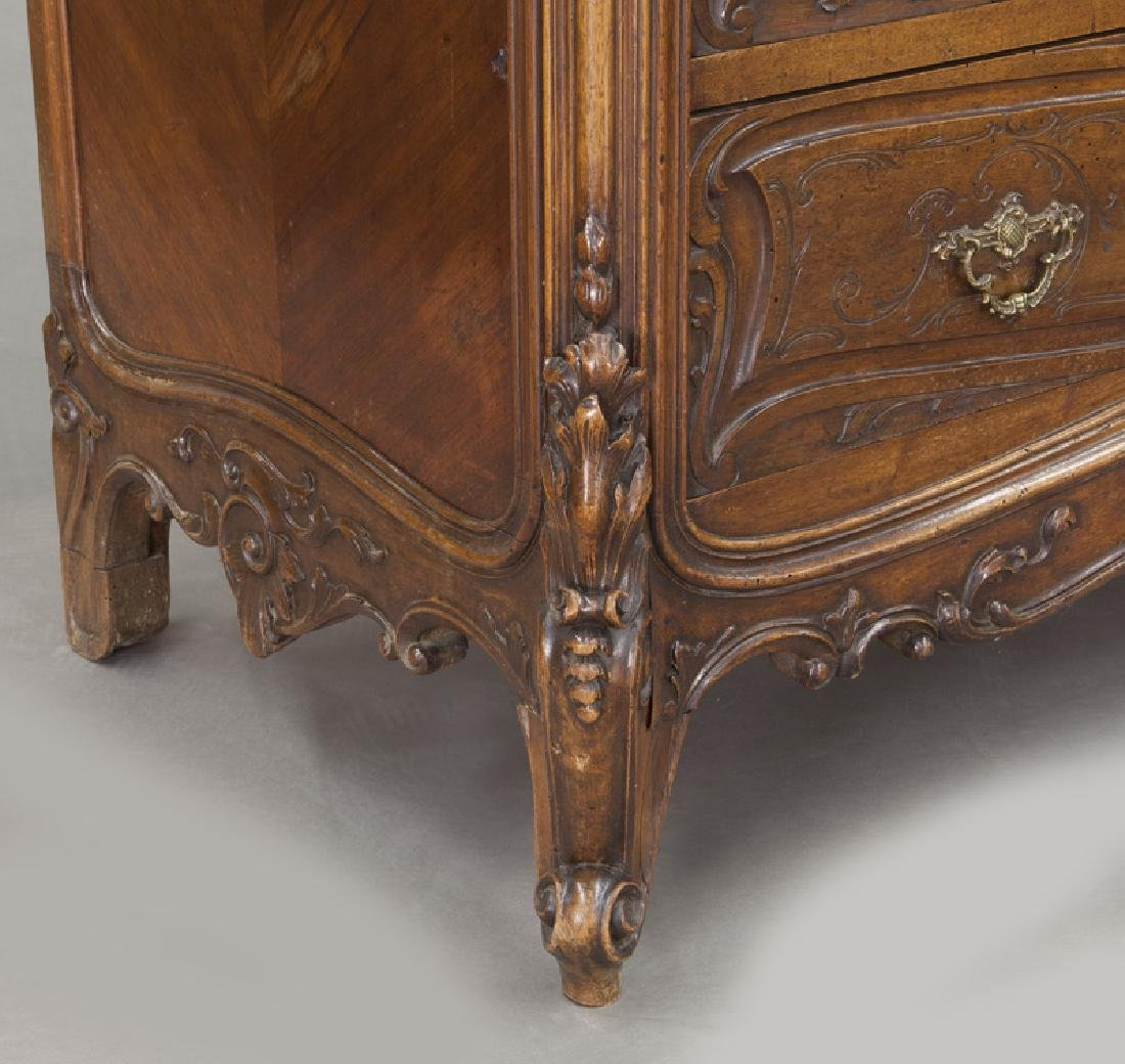 French carved walnut 4-drawer chest - 10