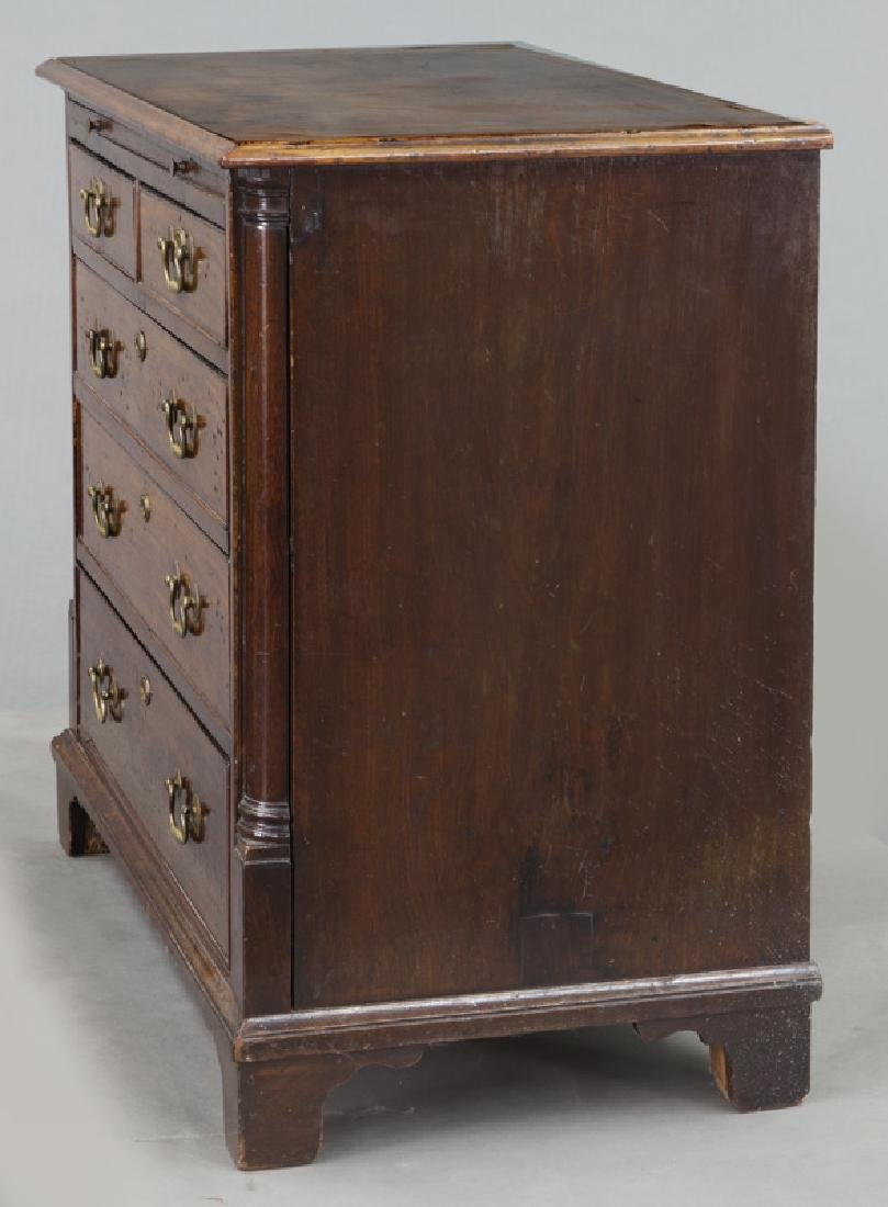 Georgian mahogany bachelors chest with dressing - 3