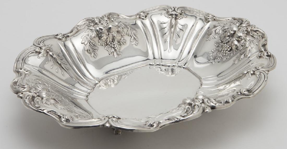 (2) Large Francis I sterling silver fruit bowls - 2
