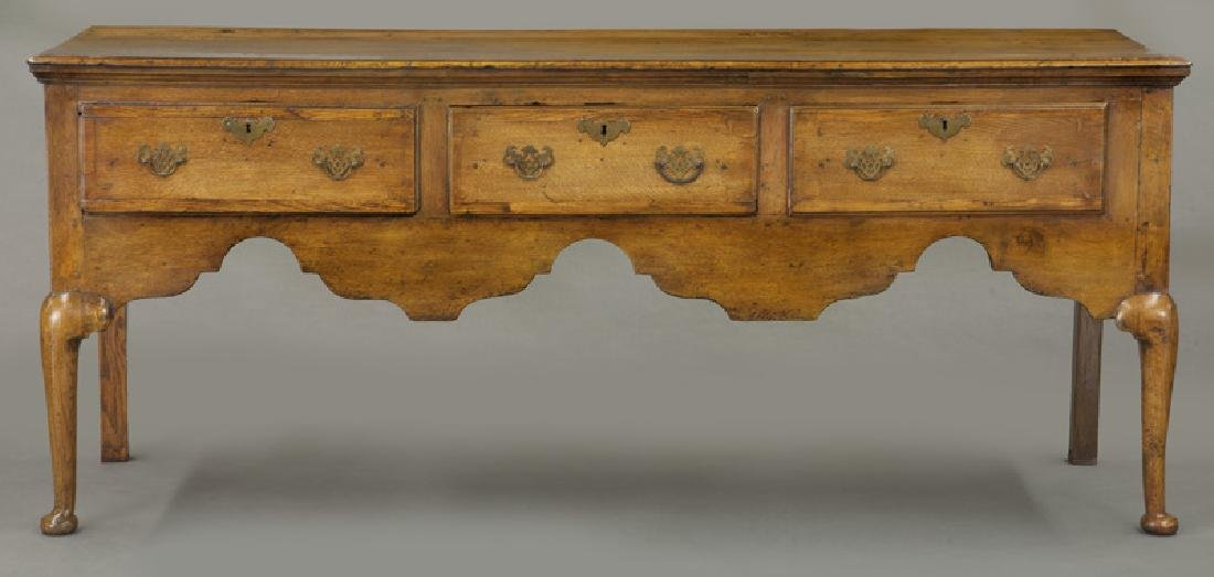 18th C. English Queen Anne style dresser base - 2