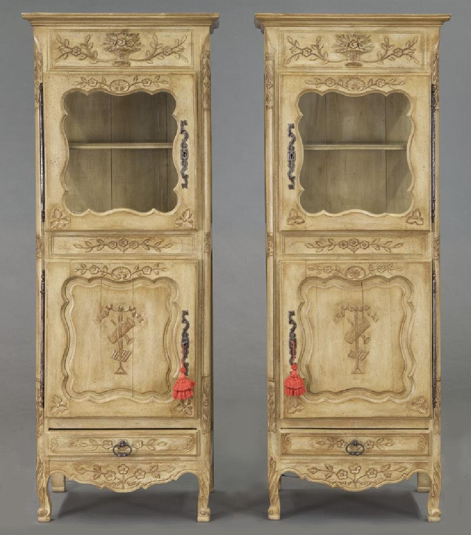 Pr. French carved and painted display cabinets - 2