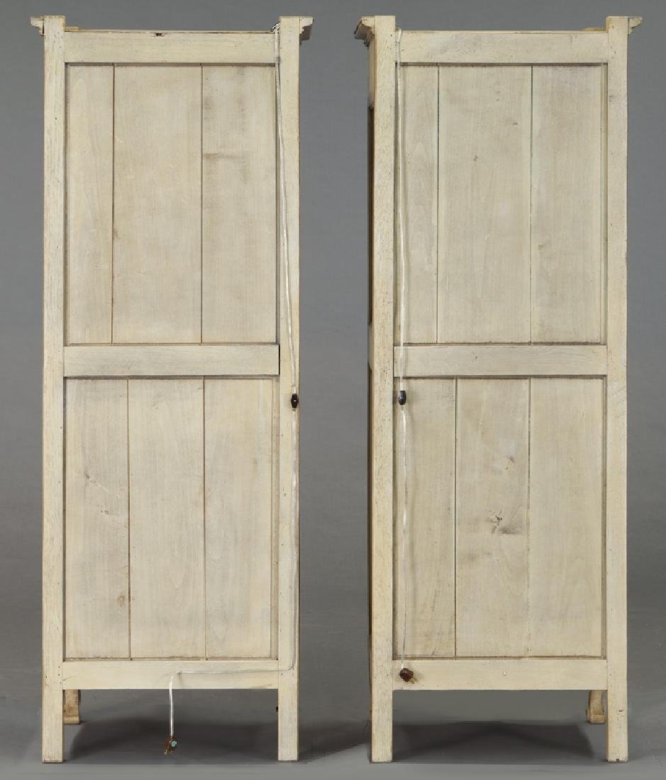 Pr. French carved and painted display cabinets - 4