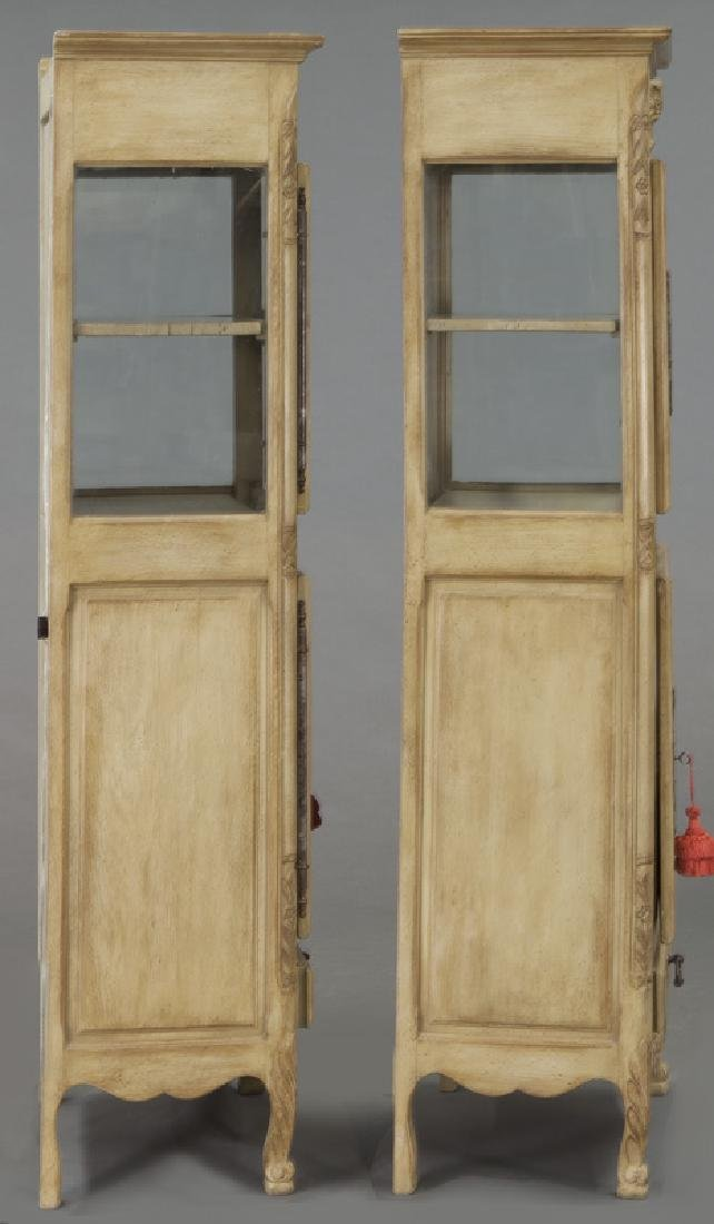 Pr. French carved and painted display cabinets - 5