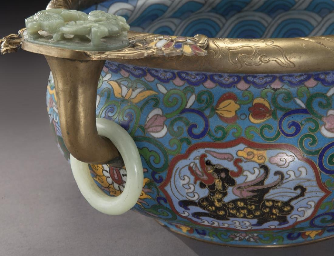 Large Chinese cloisonne bronze mounted - 9