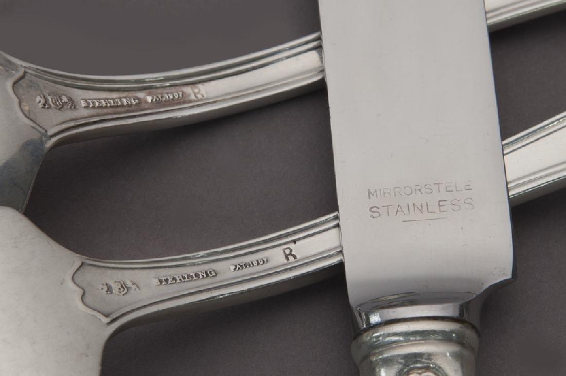 191 Pcs. Reed & Barton Hepplewhite sterling - 3