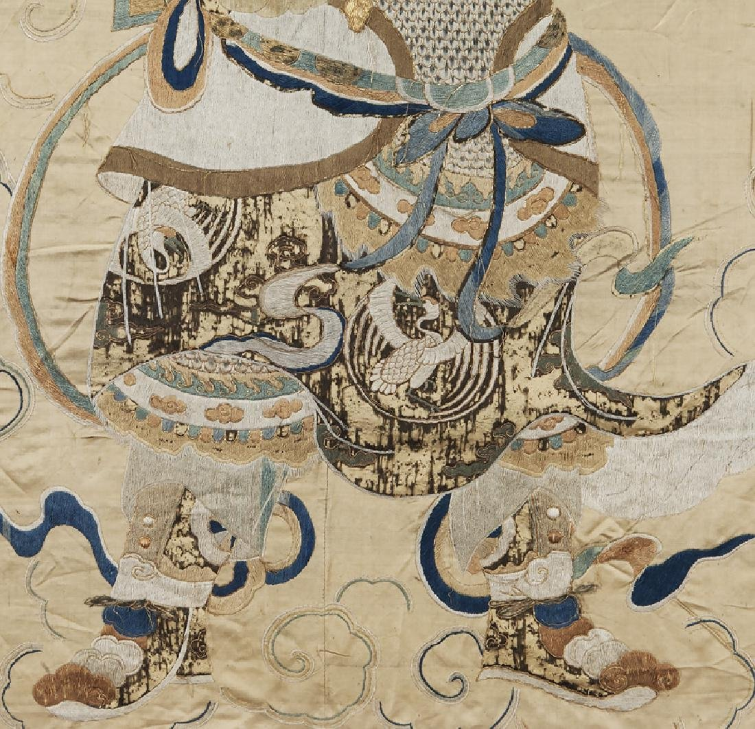 Chinese Ming Dynasty silk embroidery panel - 4