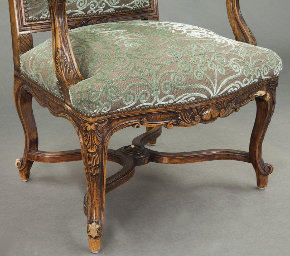 Pr. Regence style carved armchairs - 8