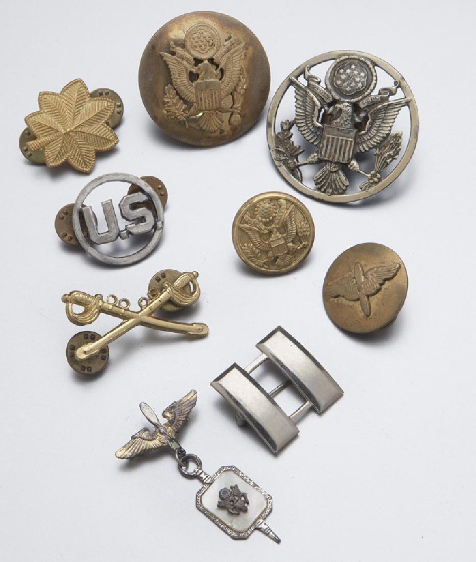 Various military insignia, - 8