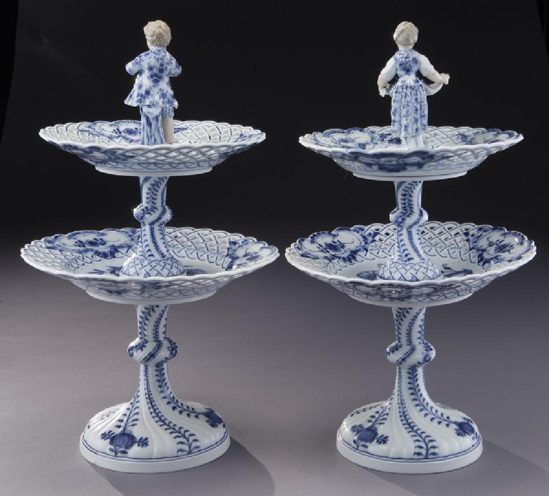 Pr. Meissen Blue Onion pattern 2-tier dessert - 3