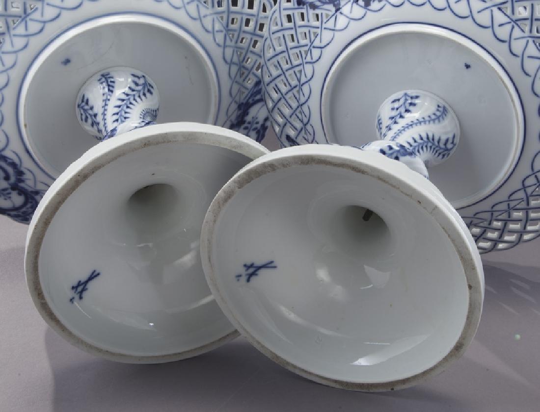 Pr. Meissen Blue Onion pattern 2-tier dessert - 9