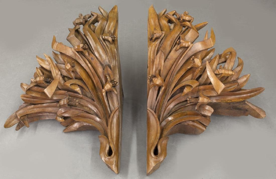 Large pair of carved wood wall mounts - 7