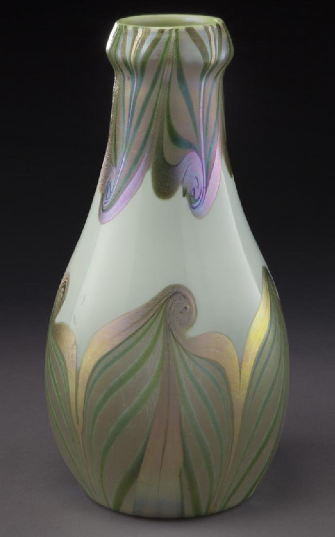 Early period art glass vase, - 2