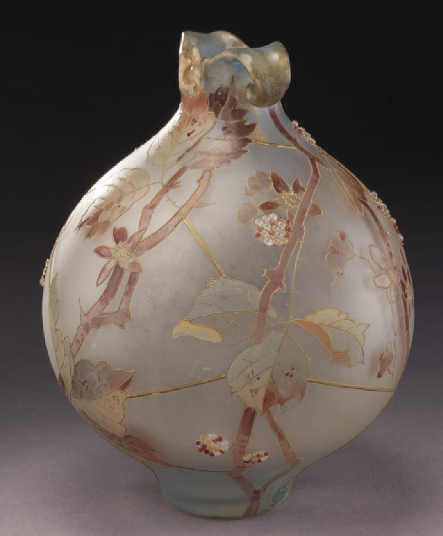 Mt. Washington Royal Flemish vase, - 5