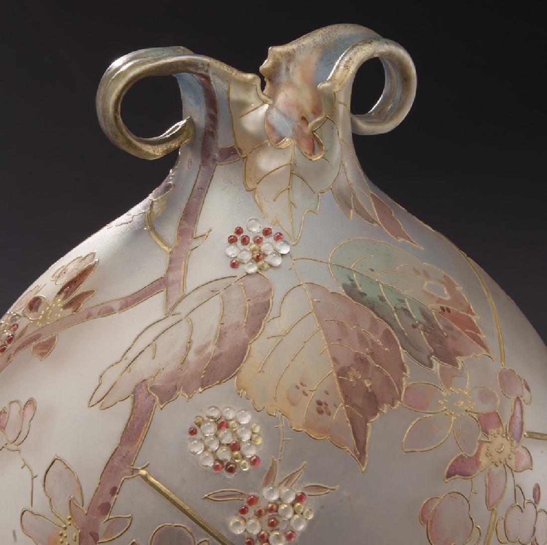 Mt. Washington Royal Flemish vase, - 6