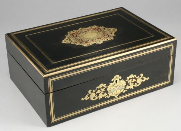 8: Napoleon III ebony lady's neccessaire, the box