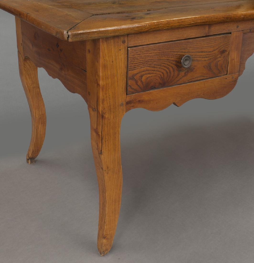 18th Century French provincial writing table - 8