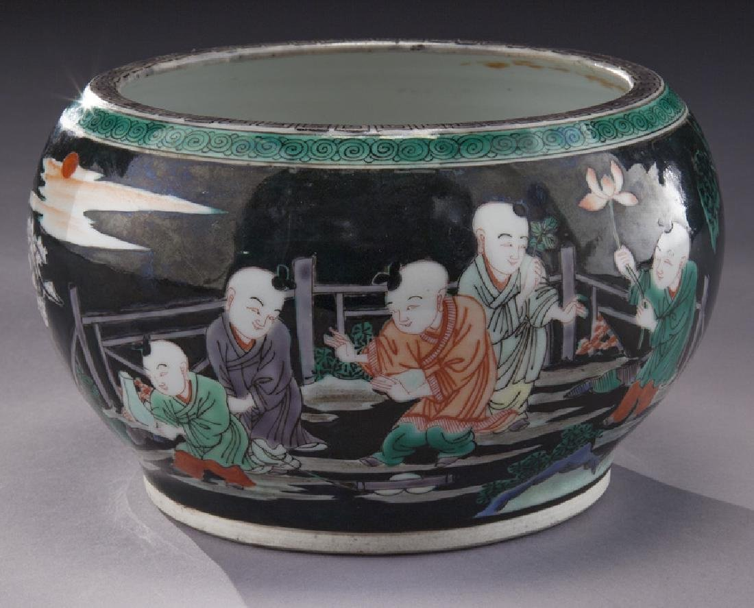 Small Chinese famille noire porcelain planter,
