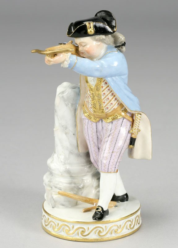 19: A Meissen porcelain figure modeled as a bow hunter