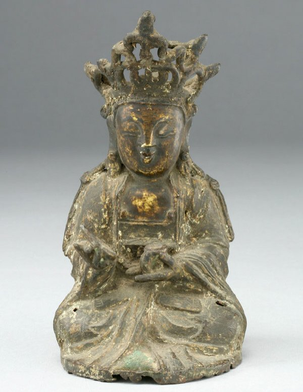 20: A Chinese Ming Dynasty bronze figure of Guanyin
