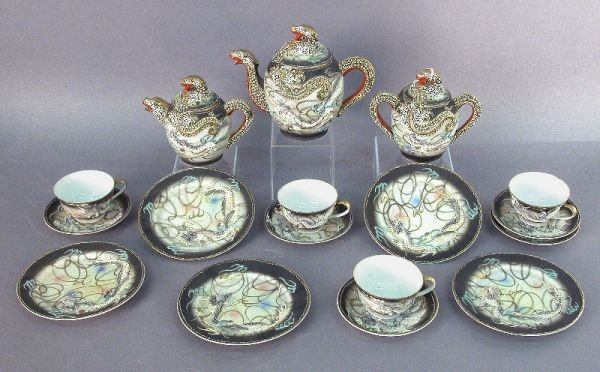 7: 17pc. tea set moriage Dragonware, molded in