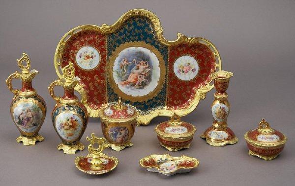 1: 9 Pcs. Royal Vienna style porcelain dresser set