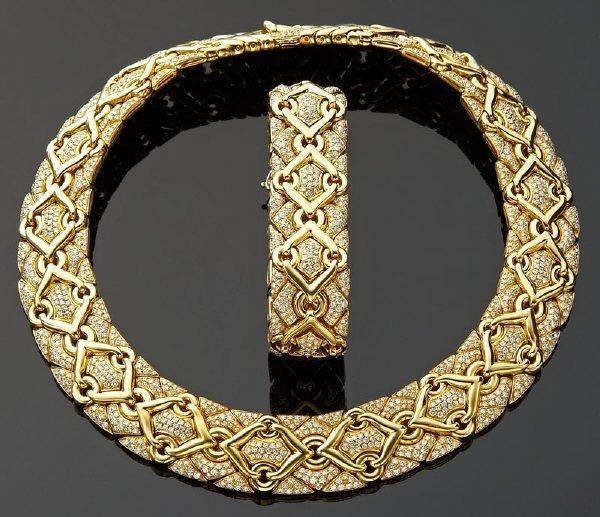106: Bulgari Trika 18K gold and diamond necklace and