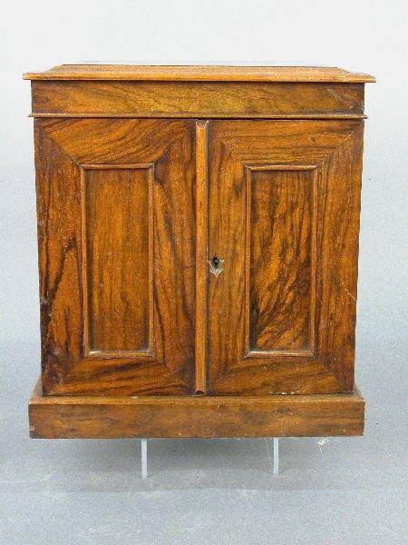 24: An Edwardian burl walnut jewelry box