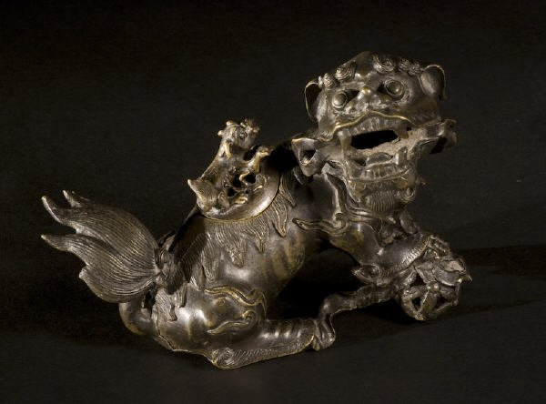 12: Chinese Ming Dynasty bronze incense burner
