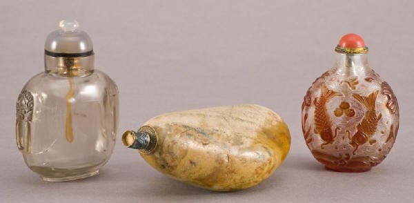 12: (3) Chinese carved snuff bottles