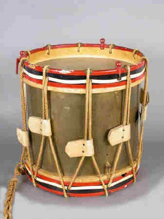 401: Brass drum in wooden frame painted
