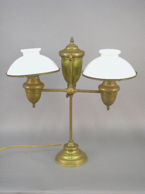 412: Brass two burner student oil lamp