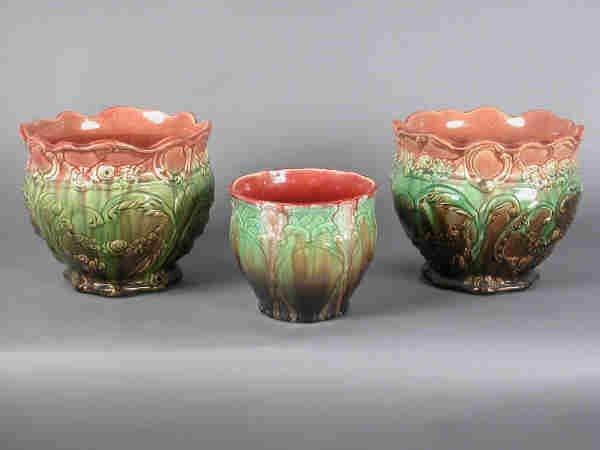 415: (3) Majolica planters, unsigned,