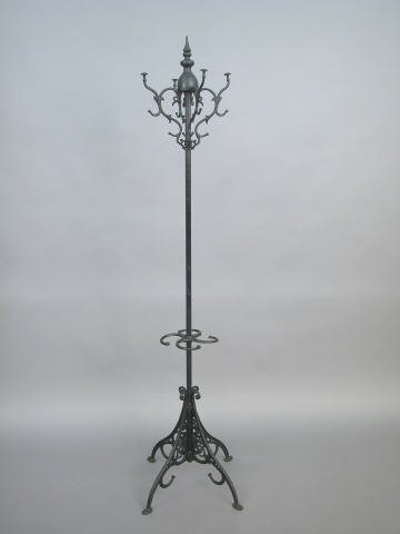 417: Iron Halltree in Victorian-style with